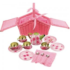 Picnic Basket Tea Set