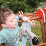 risky play benefits outdoors