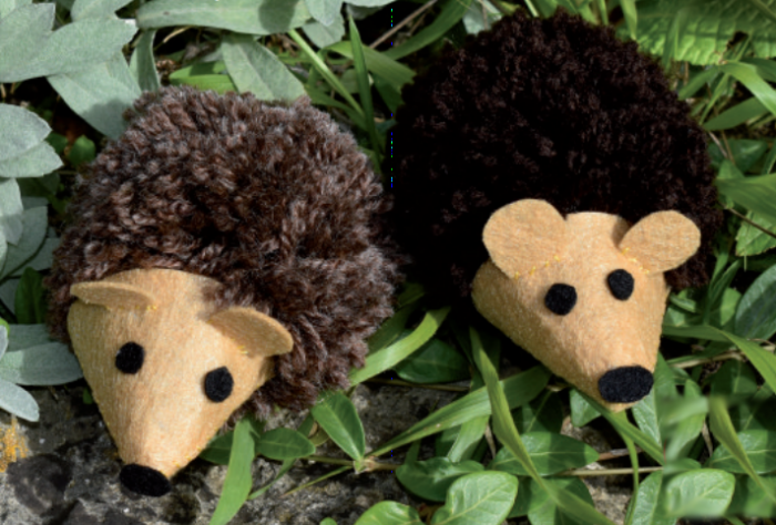 Pom Pom Hedgehogs - autumn crafts