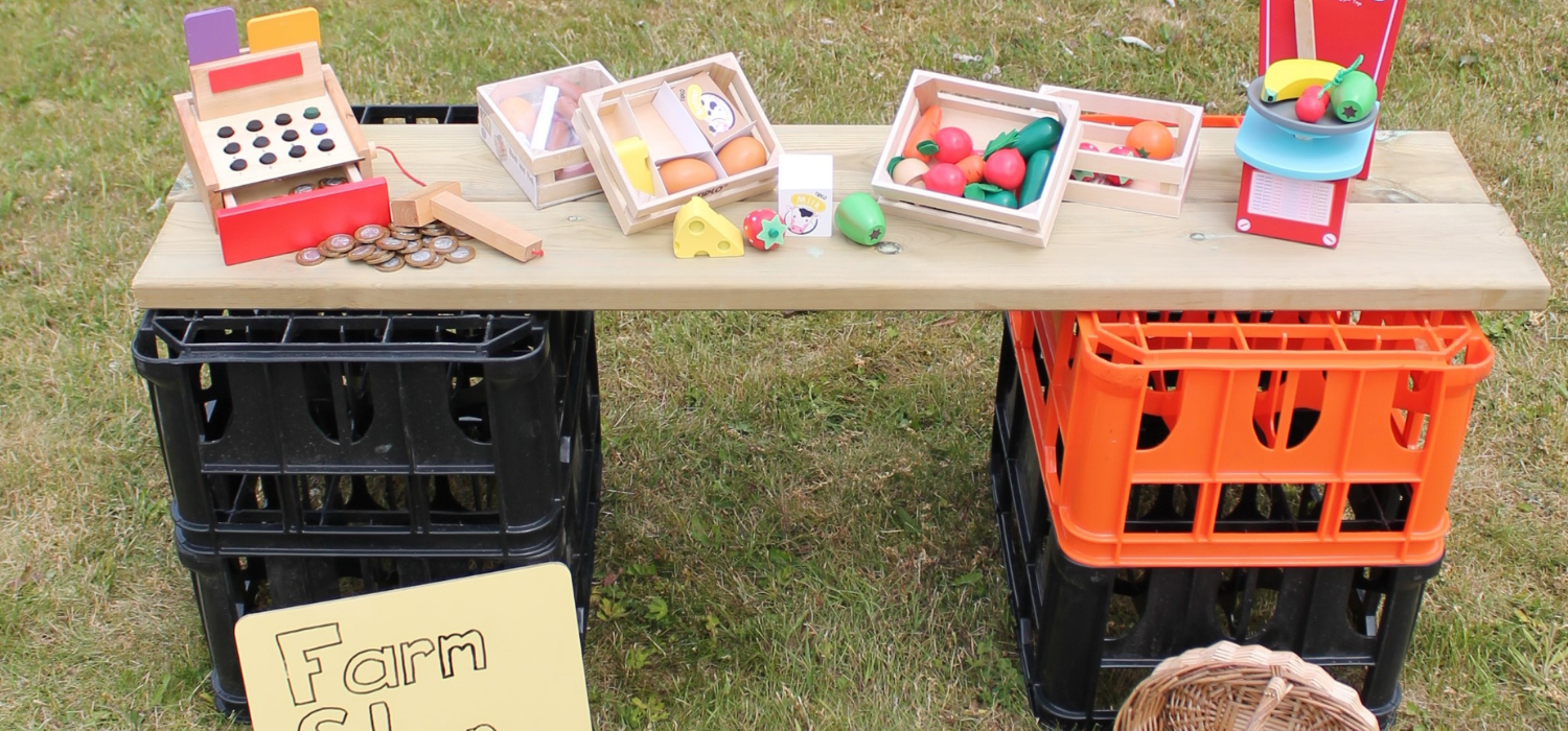 shop role play set up using crates