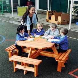 Octagonal Picnic Bench (8 Seater)