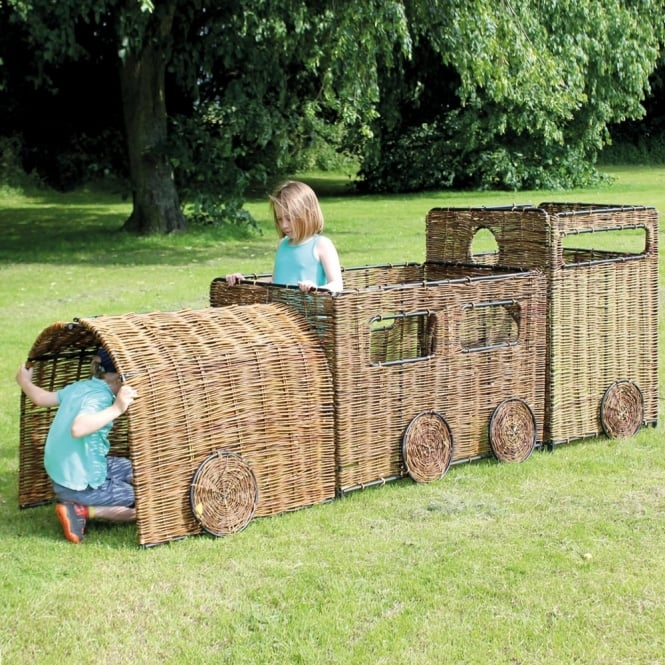 Wicker Train