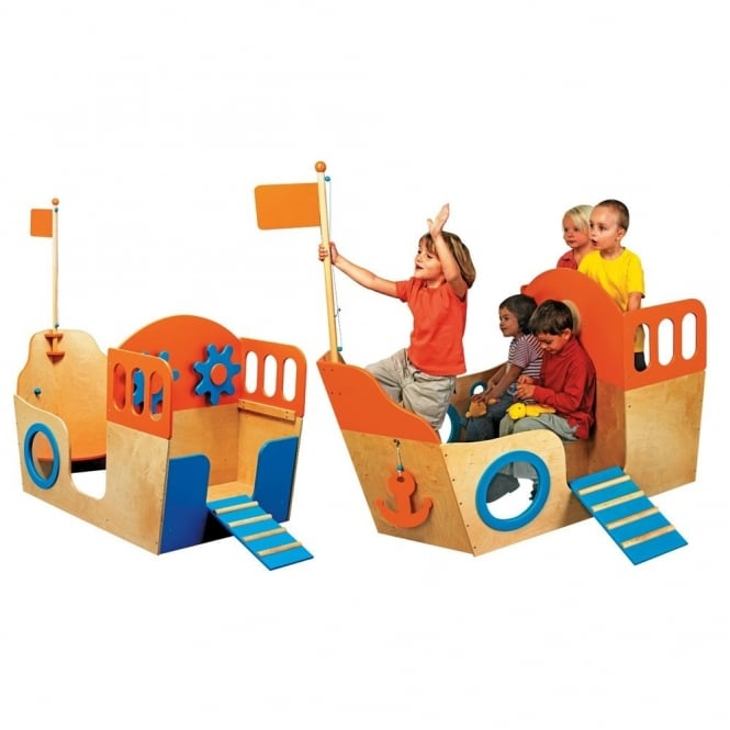 Wooden Boat Play Centre